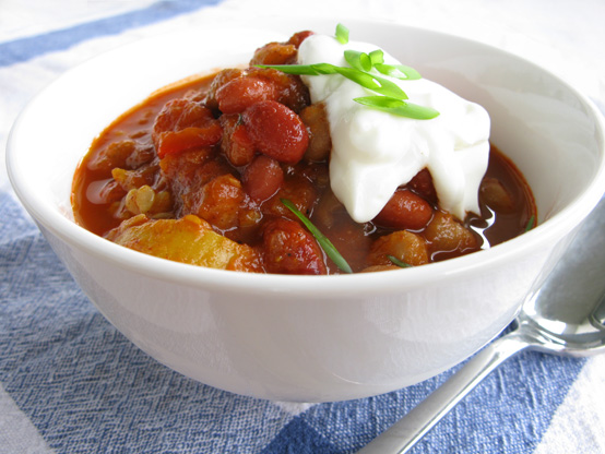 Vegetarian Chili, Honest Fare by Gabrielle Arnold