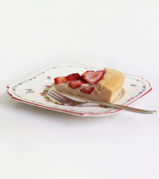 vegan-strawberry-shortcake-slice