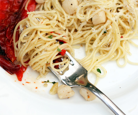 scallop-pasta-sweet-roasted-pepper