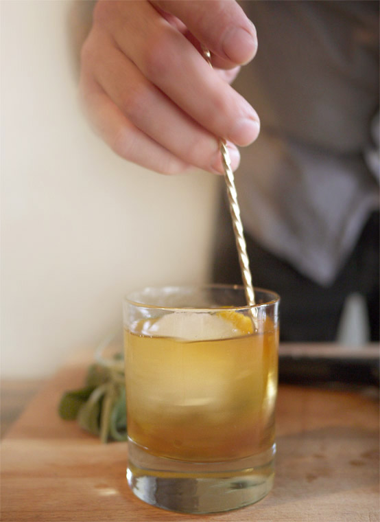 stir cocktail