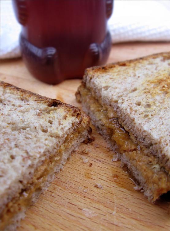cashew-butter-honey bear honestfare.com