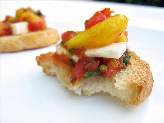 mango-salsa-horiz-honestfare.com