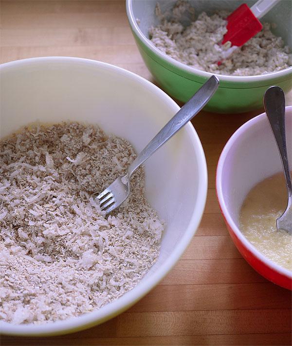 gluten free oat muffin batter bowls
