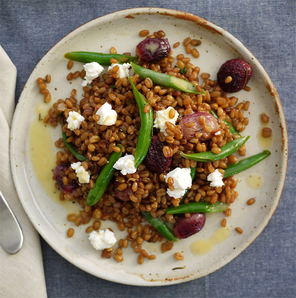 roasted grapes wheat berry salad serving